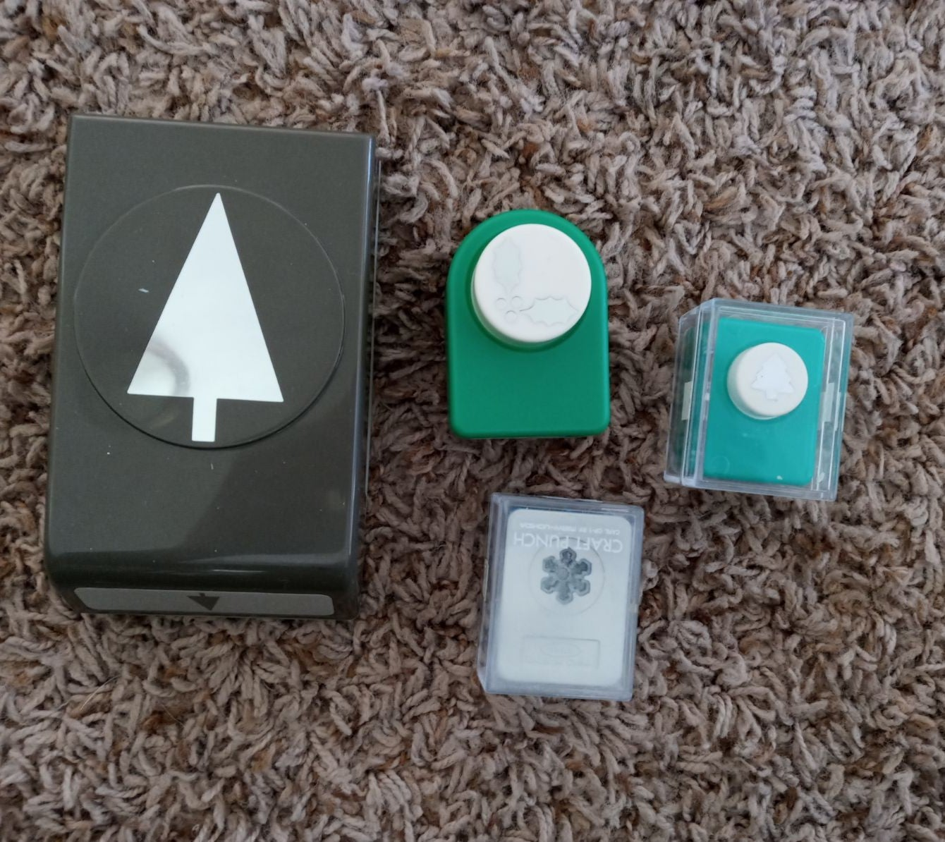 stampin up Christmas paper punches