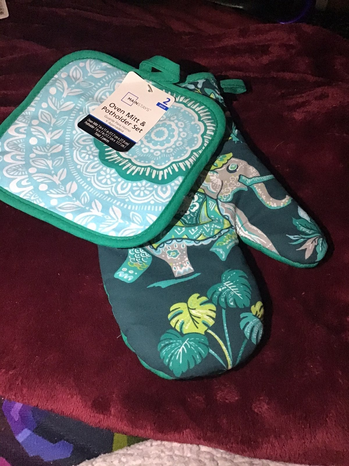 ELEPHANT OVEN MITT & POTHOLDER SET
