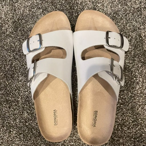 Sonoma footbed sandals