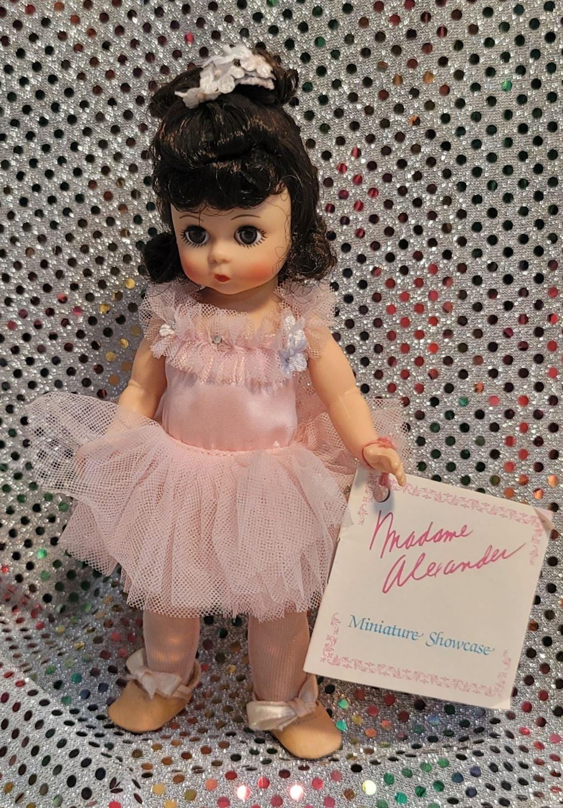 Madame Alexandria collector's doll balle