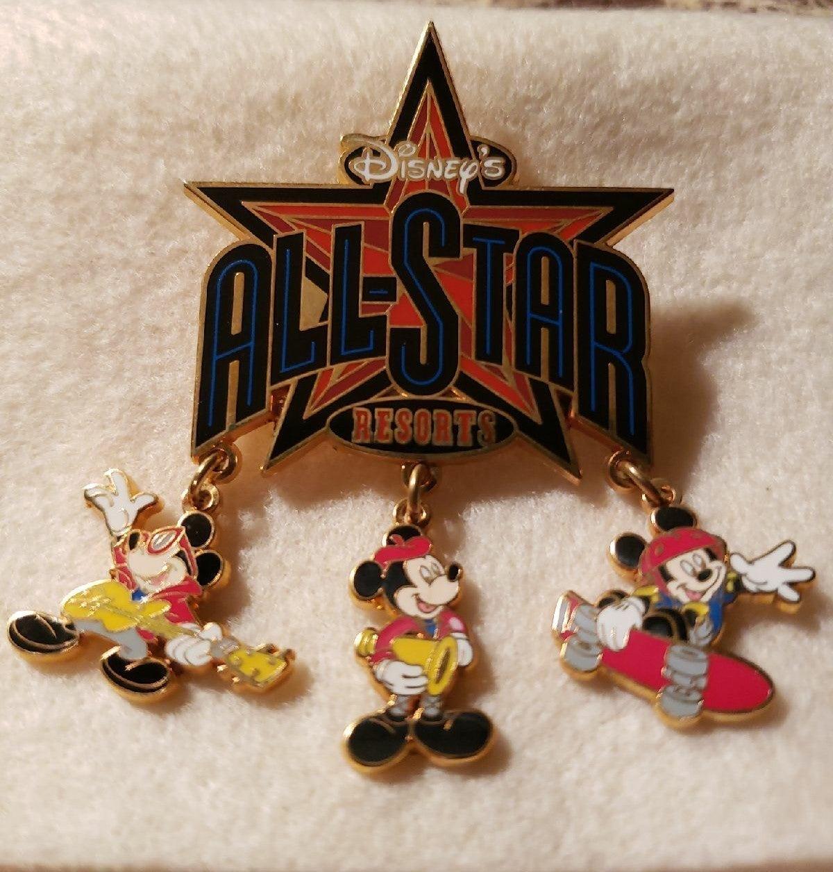 Disney pin Mickey All Star Resort