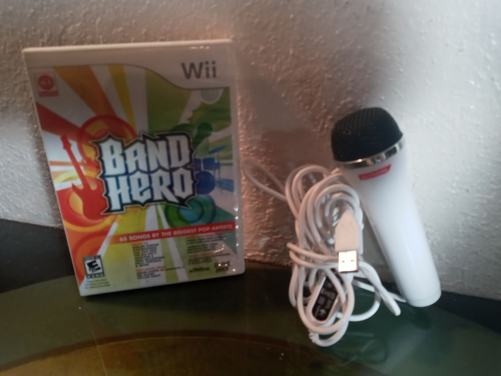 Wii Band Hero with microphone