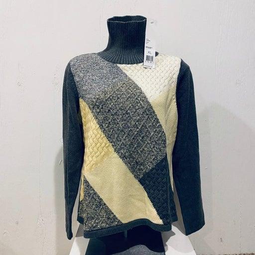 Crazy Horse Liz Claiborne Sweater NEW