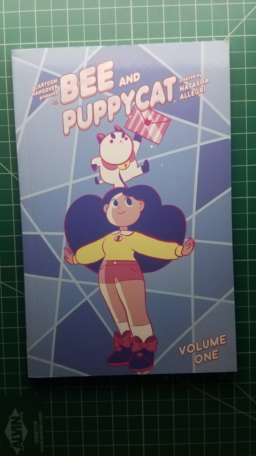 Bee and Puppycat Vol. One