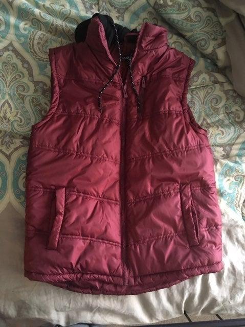 Men's puffer vest from Buckle