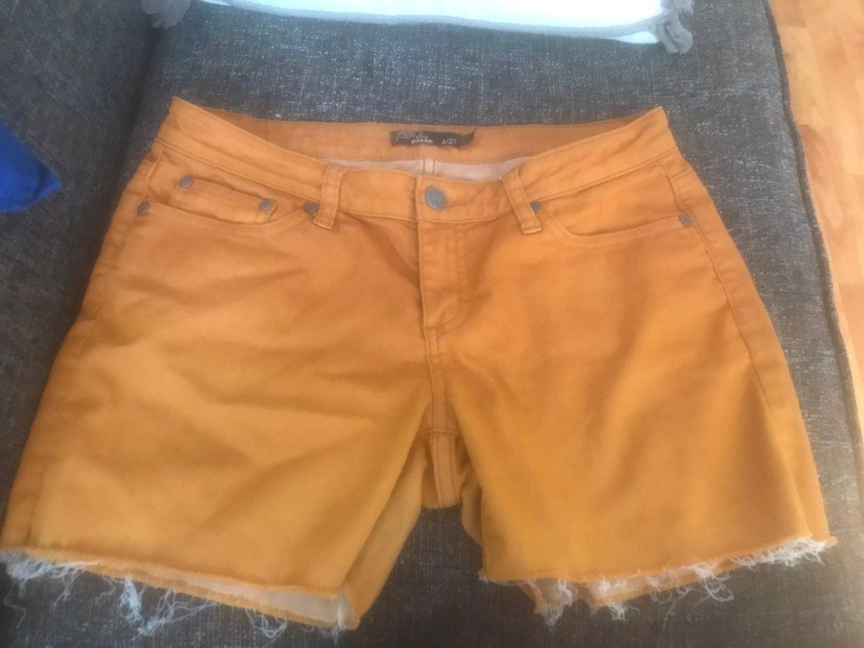womens jean shorts prAna size 4/27