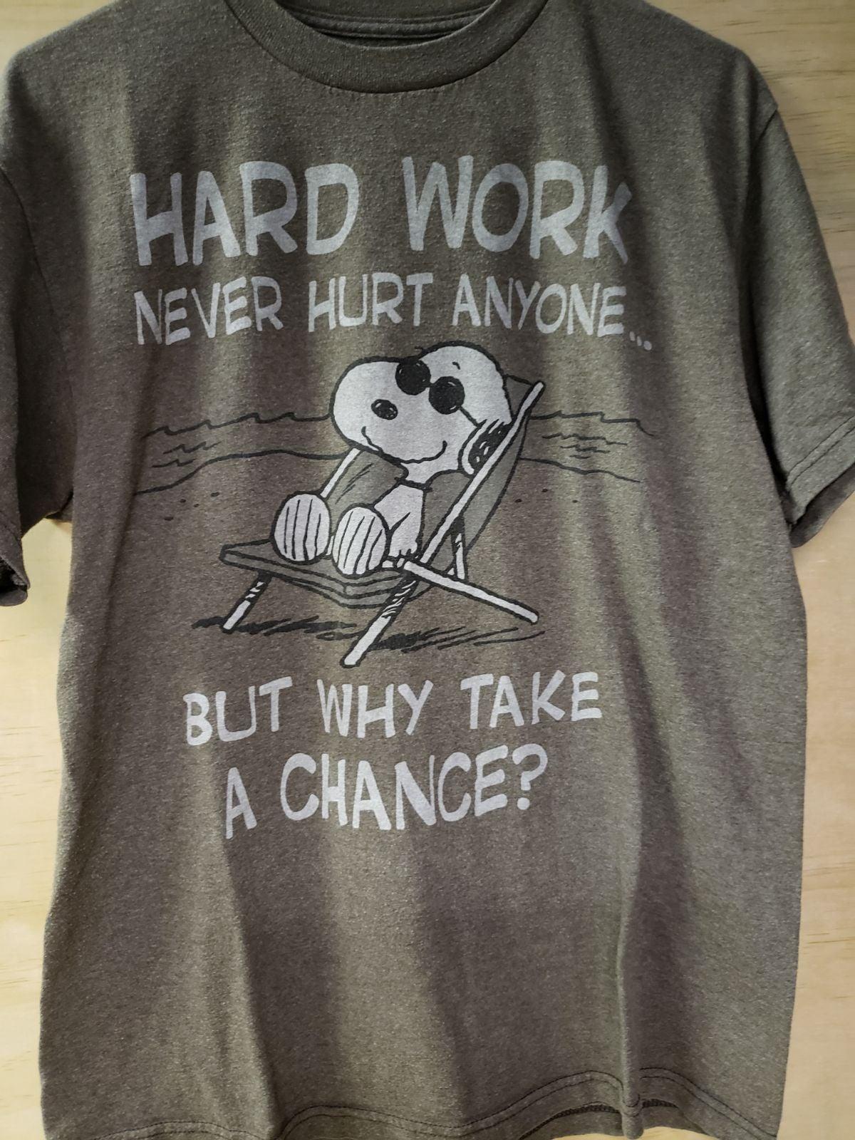 unisex PEANUTS Snoopy shirt large