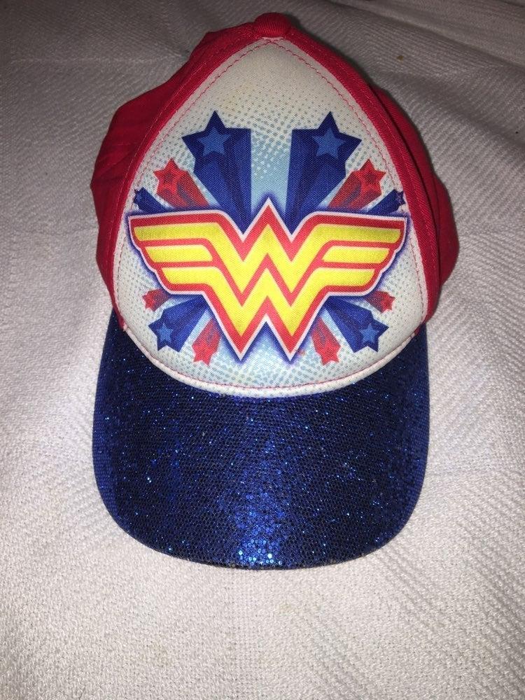 Hat wonder woman