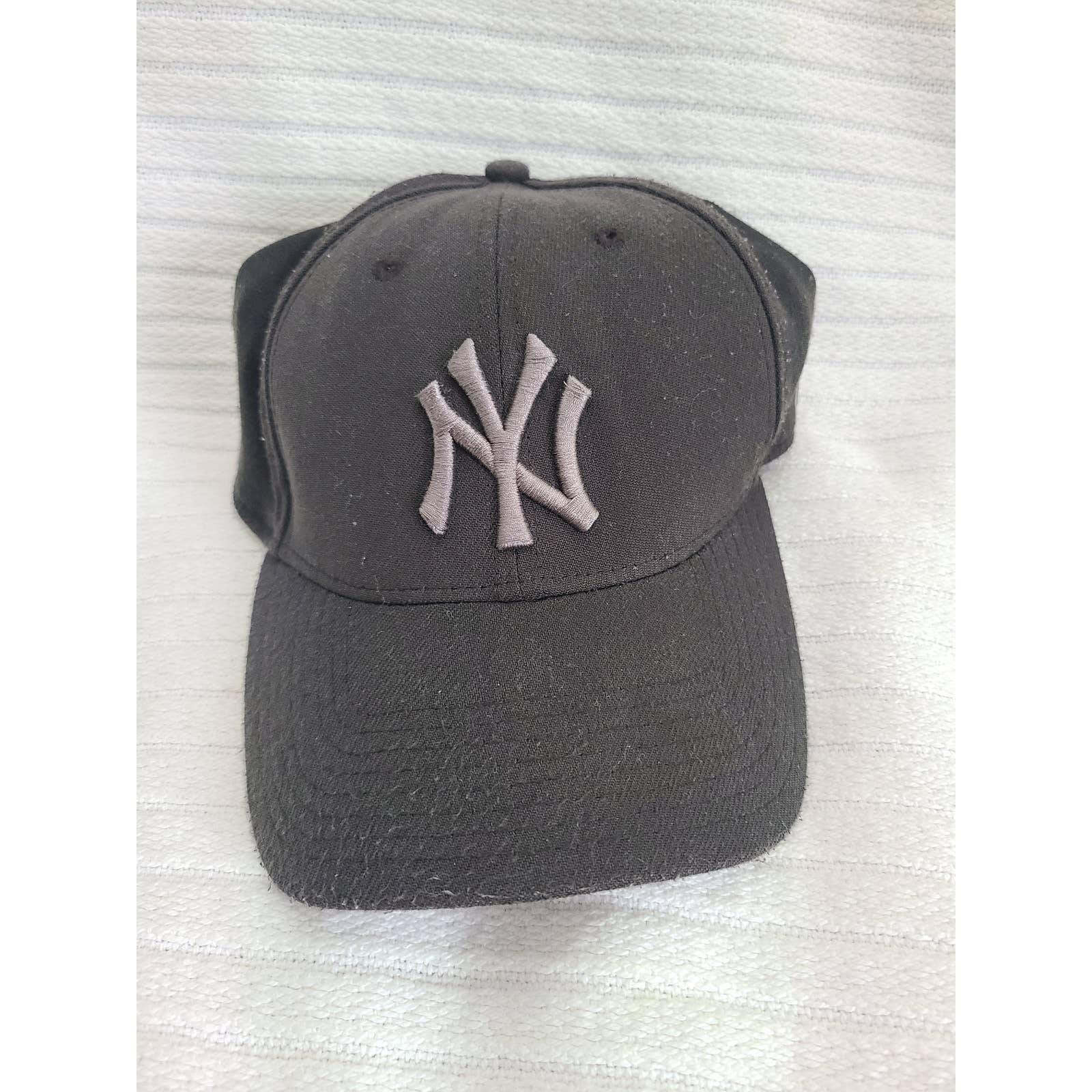 New York Yankees 39Thirty FlexFit Cap