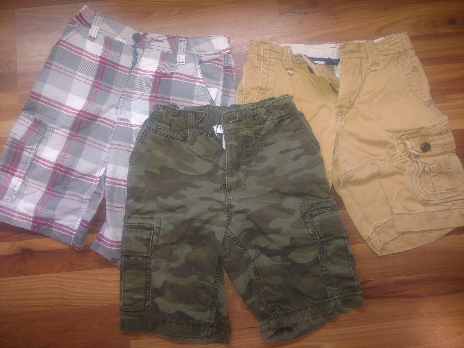 Boys Gap shorts size 10