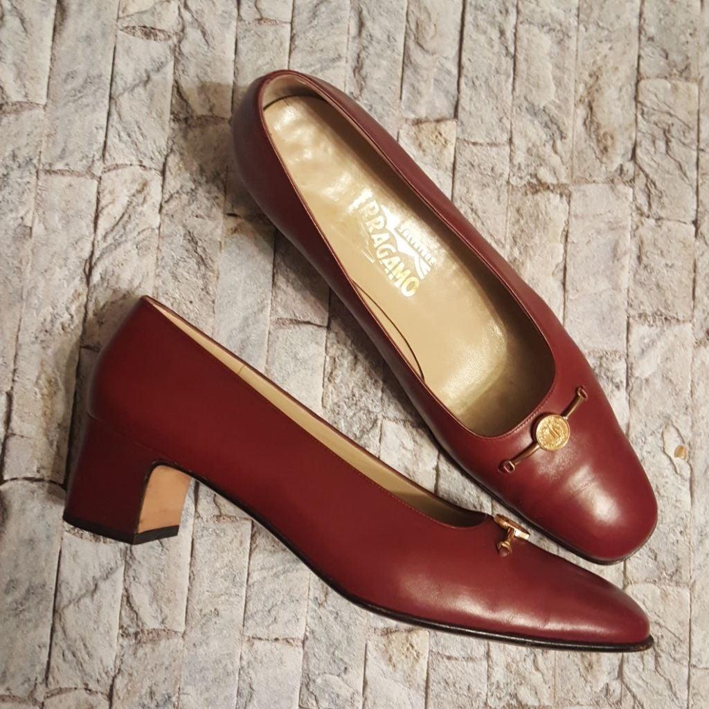SALVATORE FERRAGAMO shoes. Gently used.