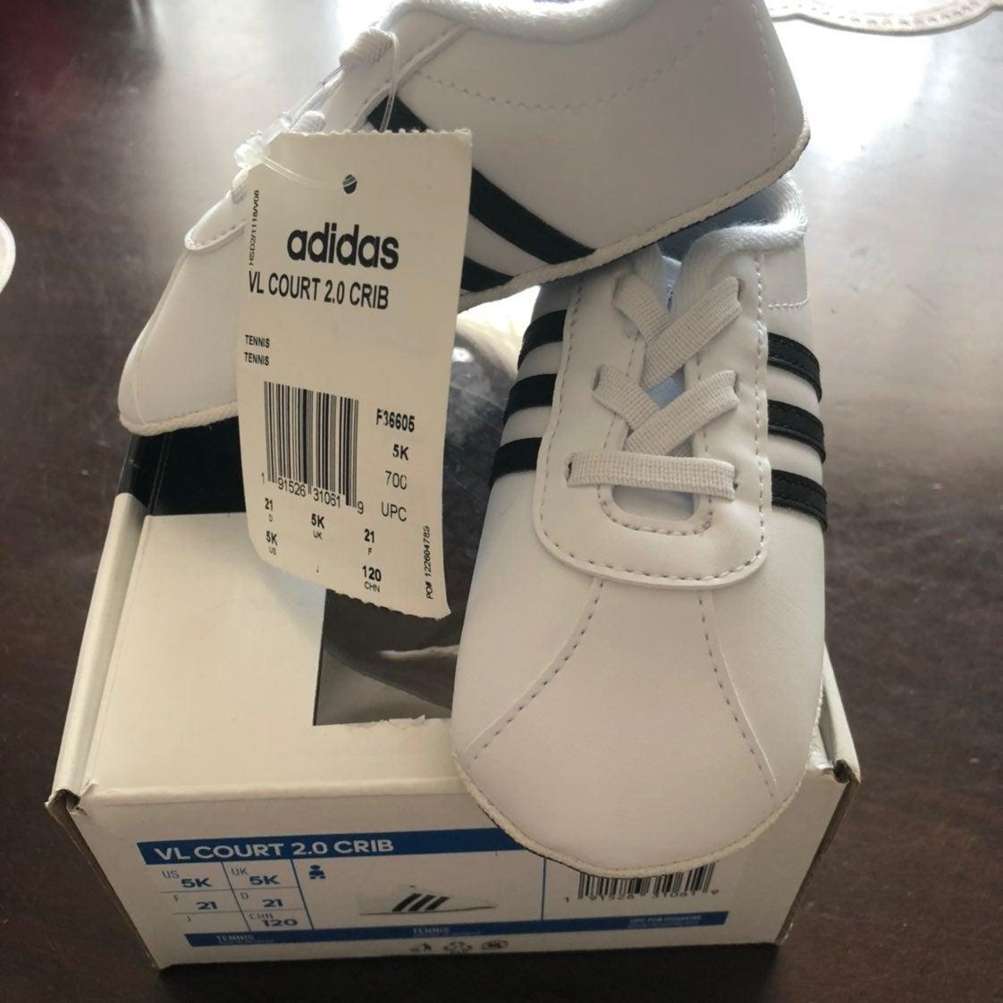 Adidas VL Court 2.0. Crib