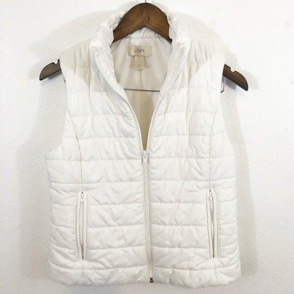 Loft white puffer vest zip pockets Small