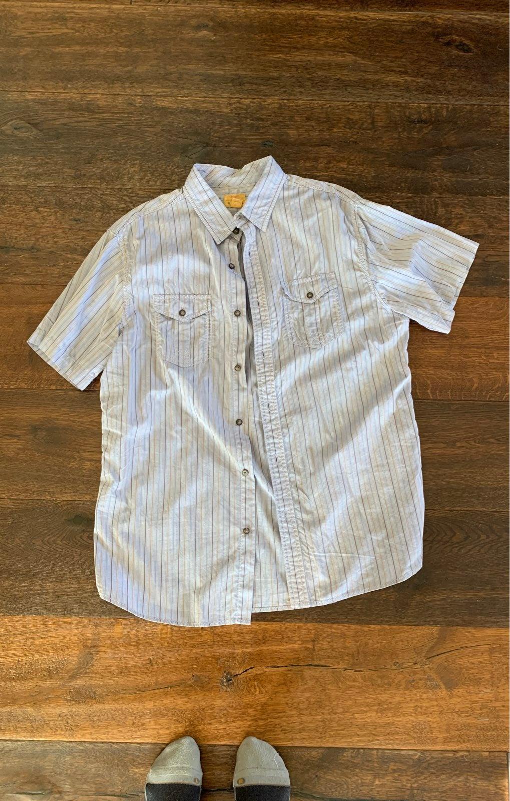 Trevor mens L button up Shirt