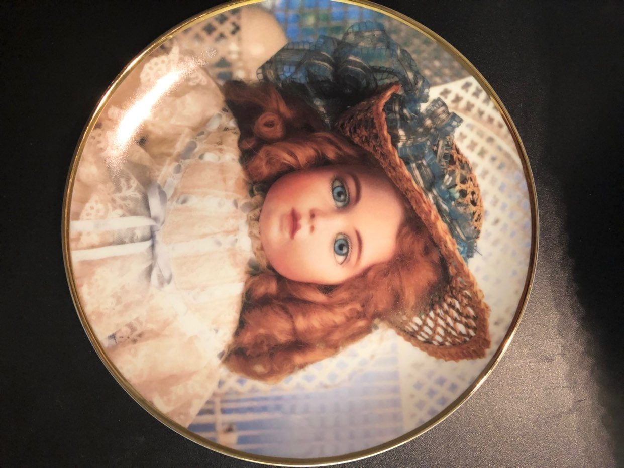 Doll Plate