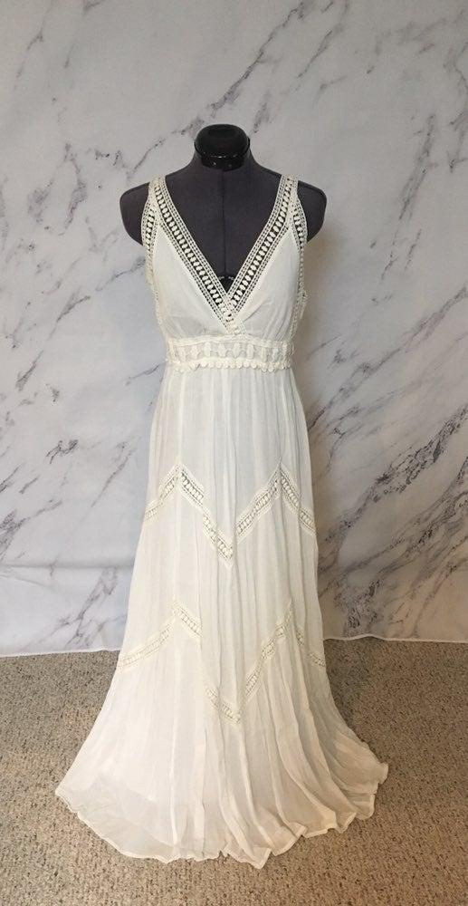NWOT White Roman Maxi Dress Sz M