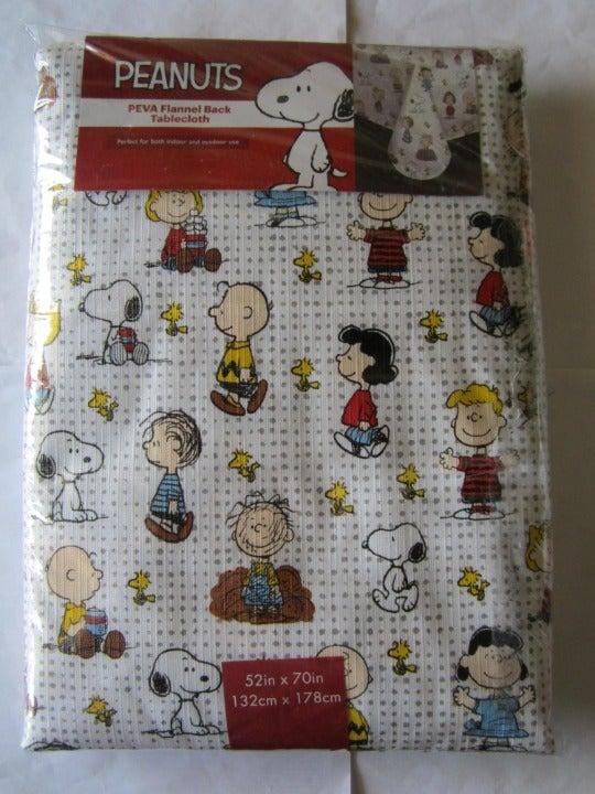 Snoopy Peanuts PEVA Flannel Table Cloth