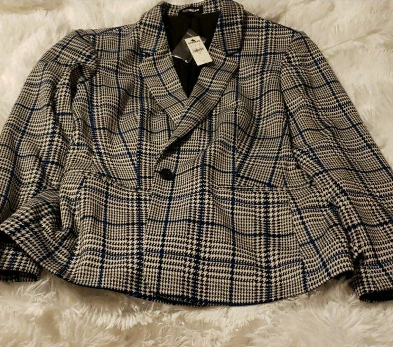 NWT Express Blazer Suit plaid