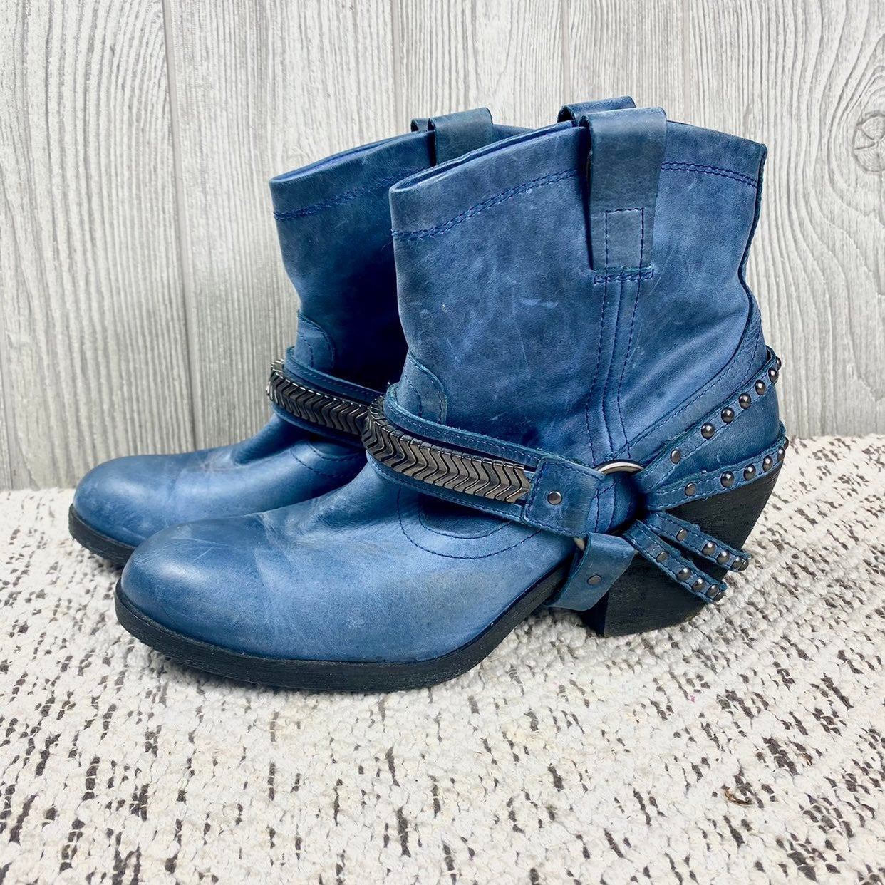 Gianni Bini Blue Leather Studded Boots!