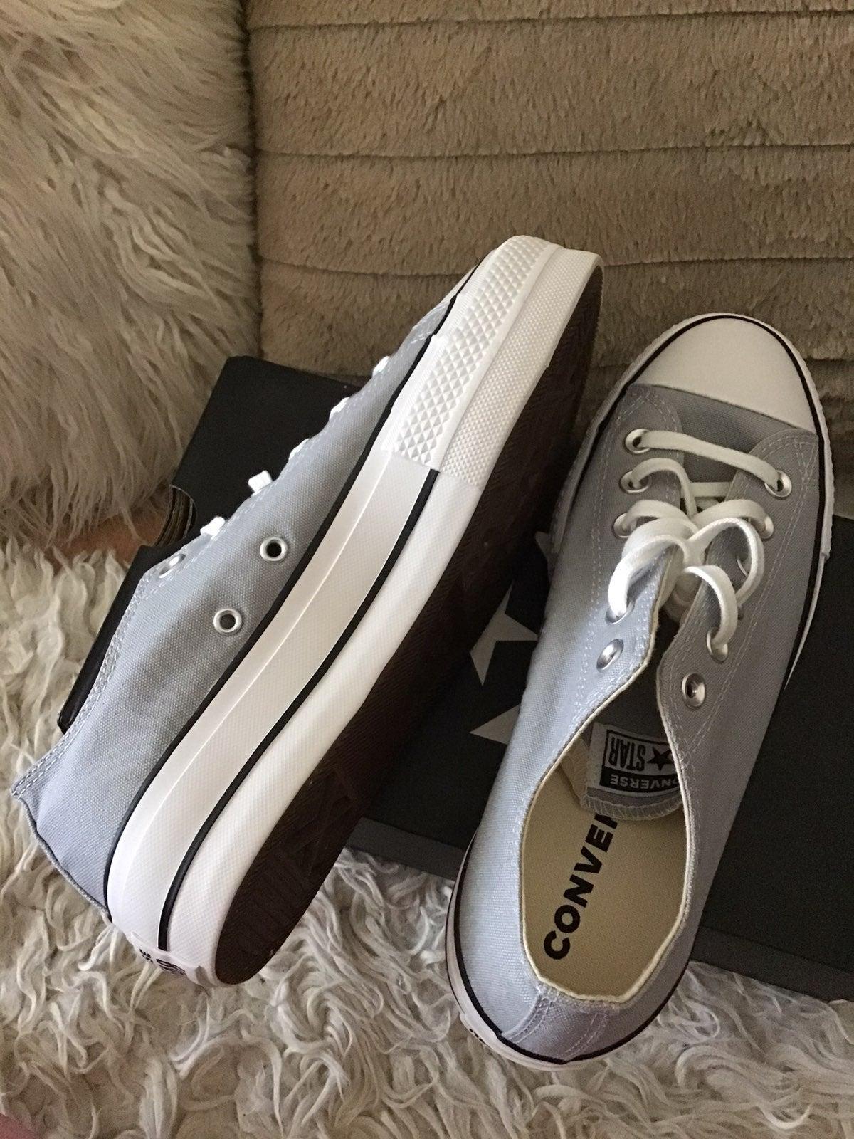 Converse brand new
