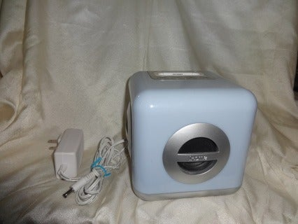 iHome iH15 30-Pin iPod Speaker Dock