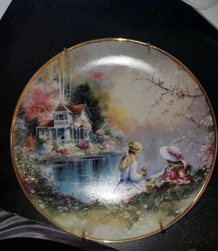 Franklin Mint Petal Pals Plate