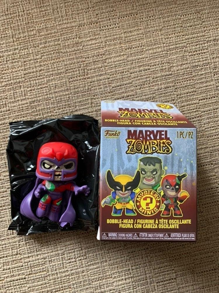 Funko pop Marvel zombies mystery minis