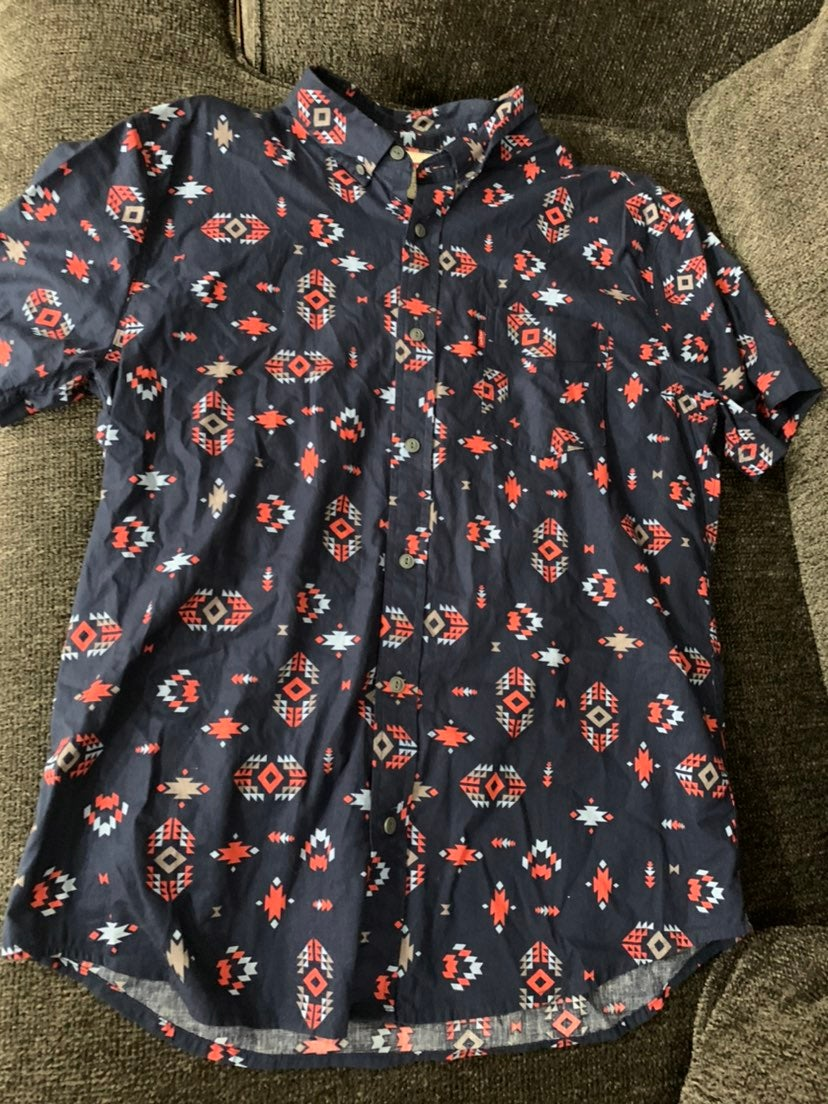 2 Men's Shirts LEVI'S size Medium