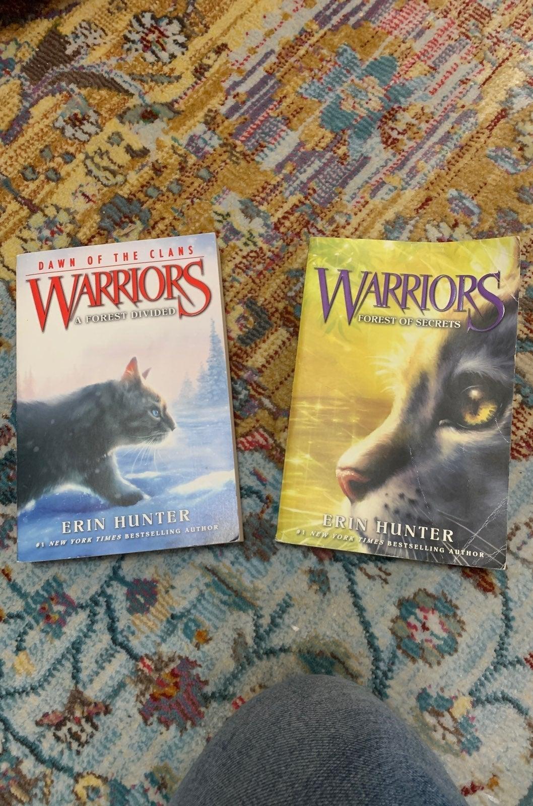 Warriors Erin Hunter 2 paperbacks