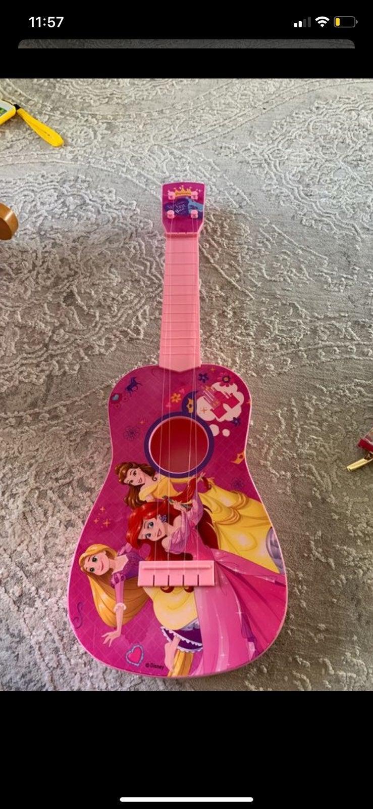 Disney Princesses Guitar