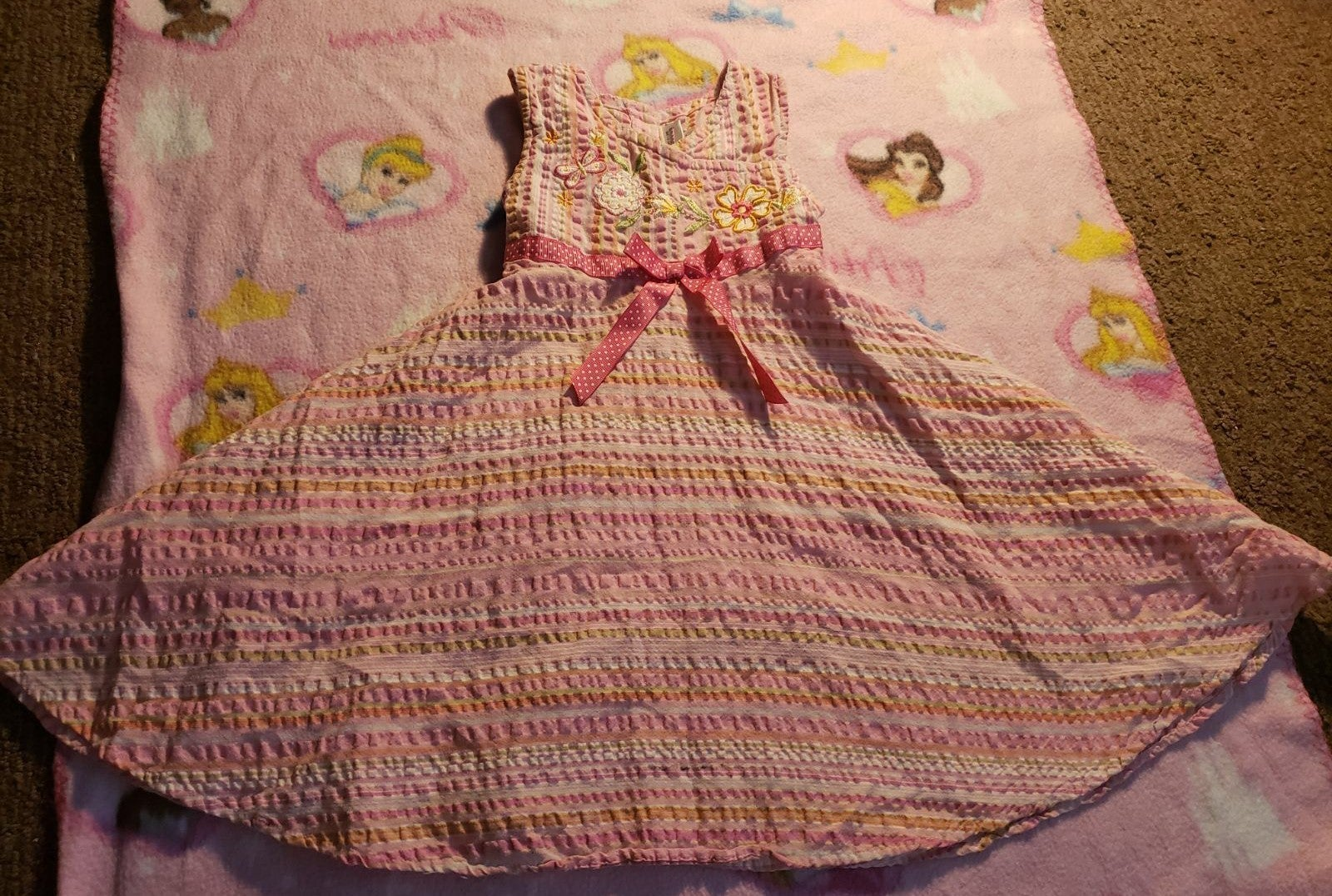 Cute girls dress 4t