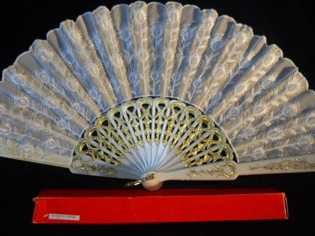 White Embroidered Lace Folding Hand Fan