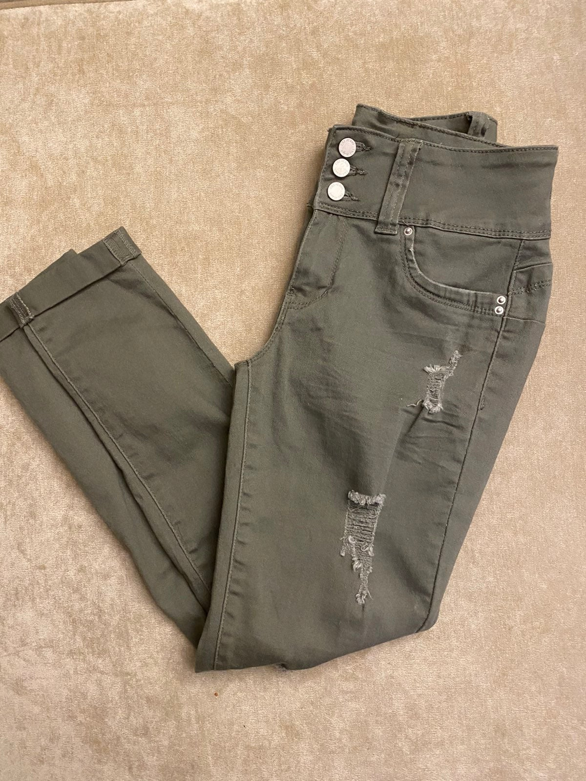 New butt lifting camo green skinny jeans