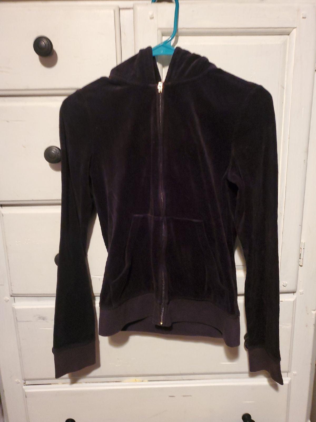 Juicy Couture hooded sweatshirt M