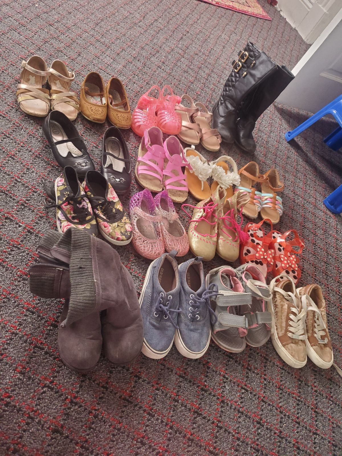 17 pairs toddler shoes lot