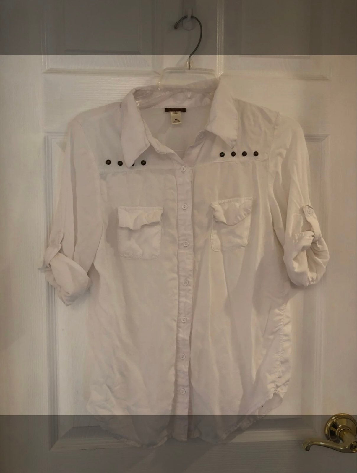 Size M Button up blouse with Brass
