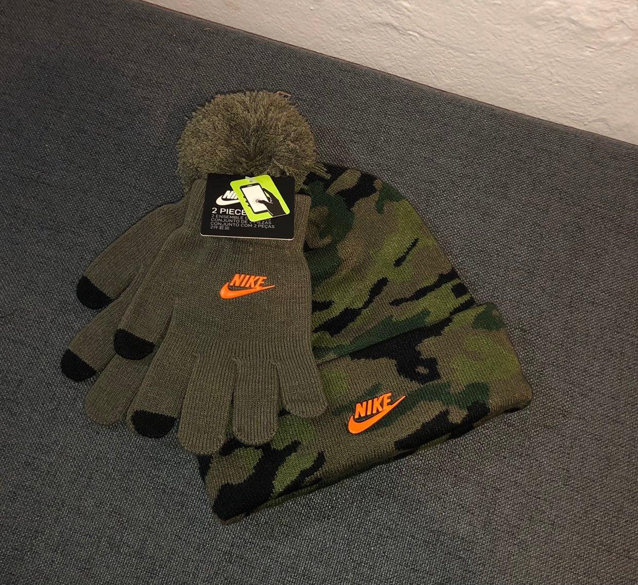 Nike Kid's Swoosh Logo Beanie and Glove