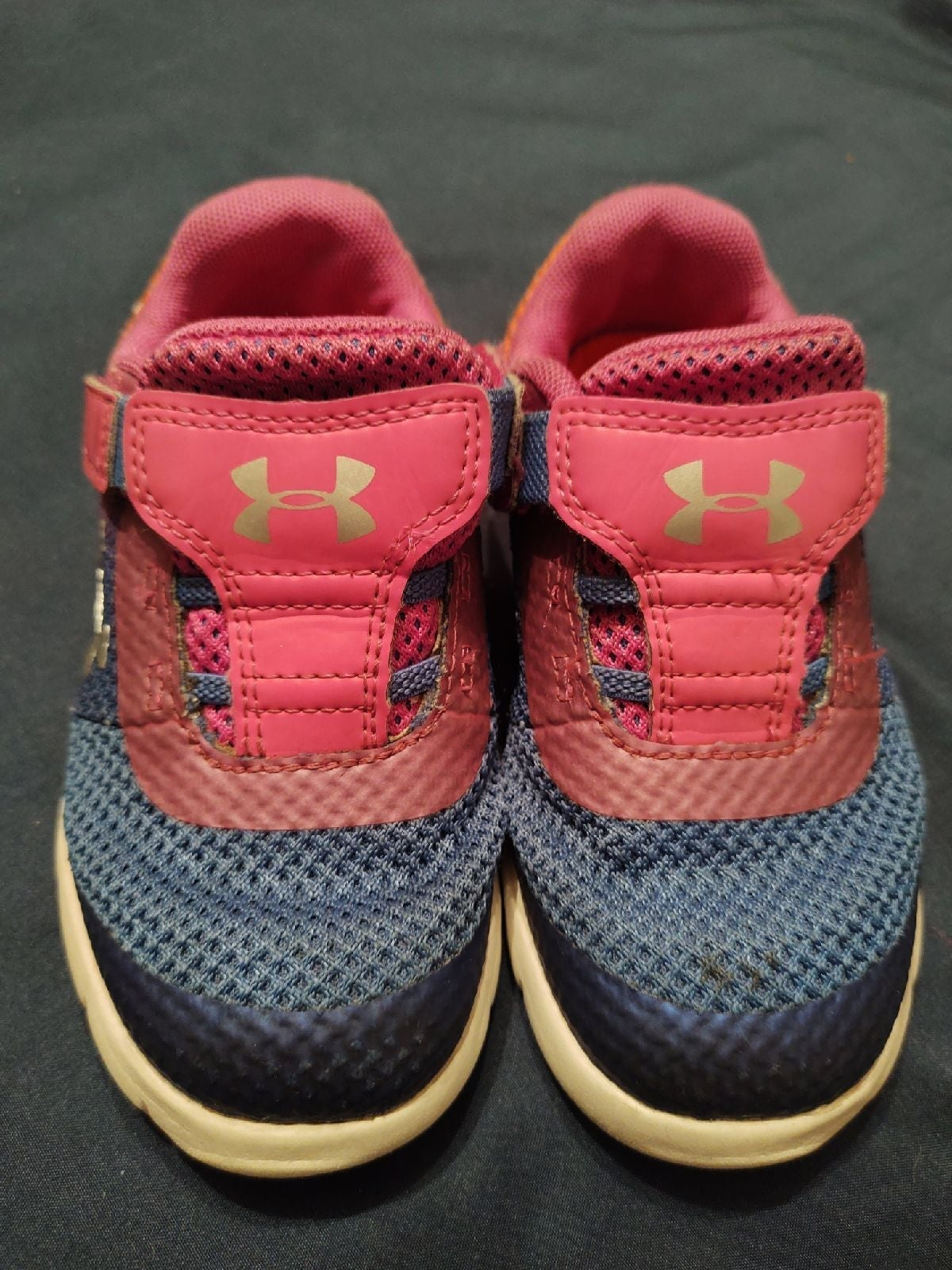 Under armour girl shoes