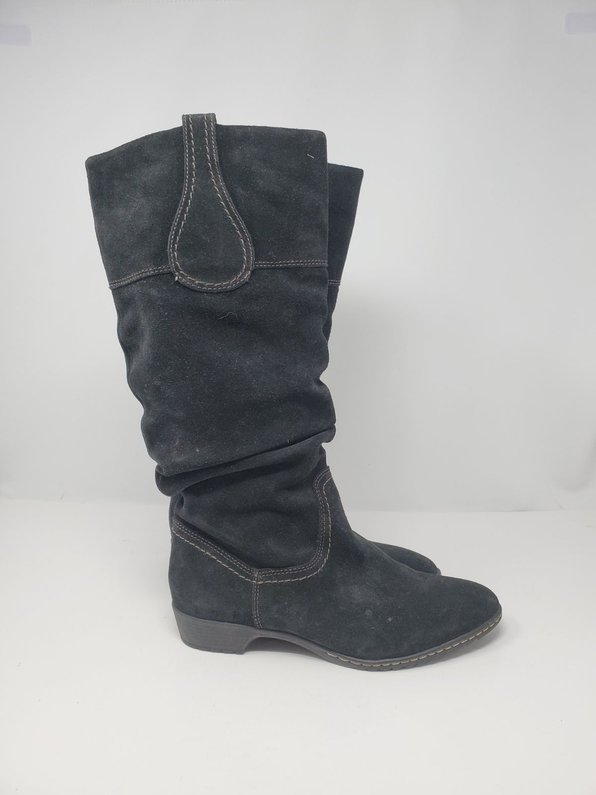 BEAUTIFUL SUEDE SOFFT TALL BOOTS
