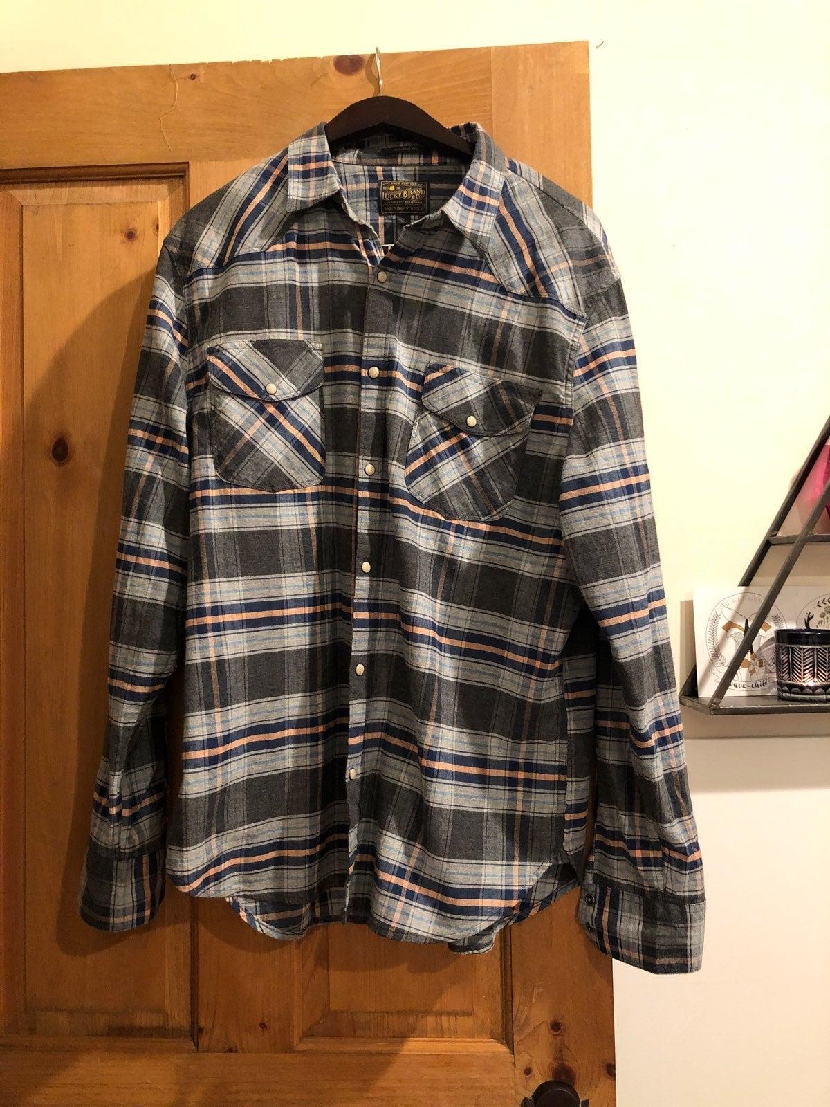 Men's Large Lucky Brand Shirt