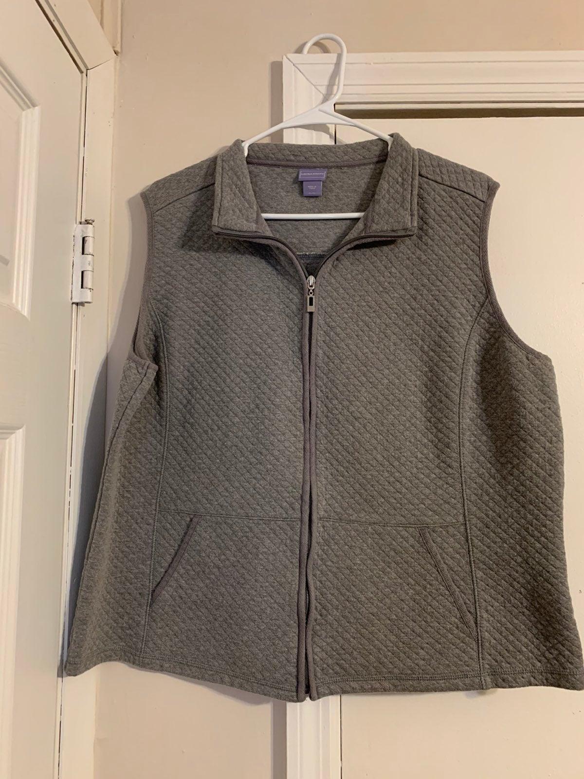 Women's XL Quilted Vest - Laura Scott