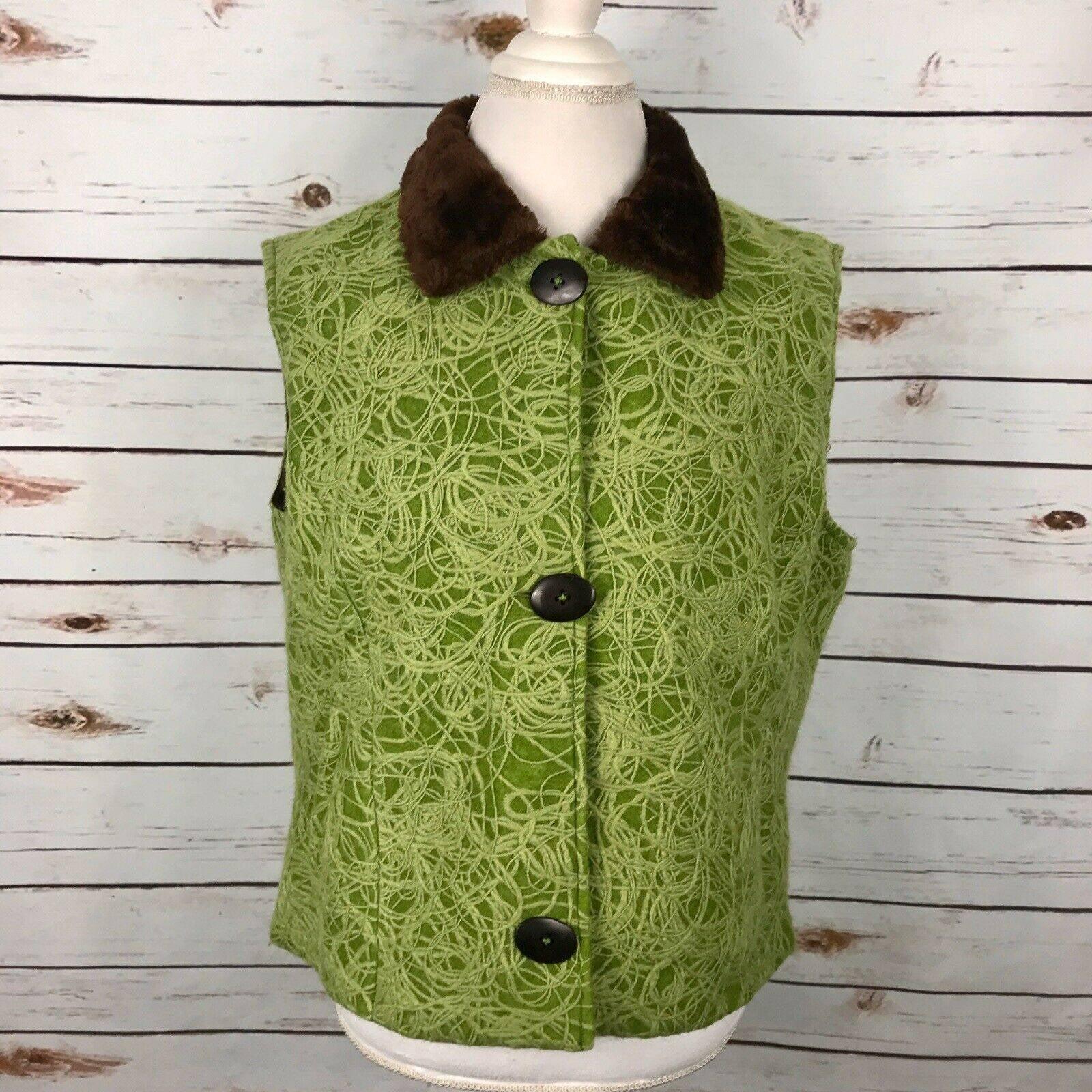 Tsunami Button Vest Wool Embroidery