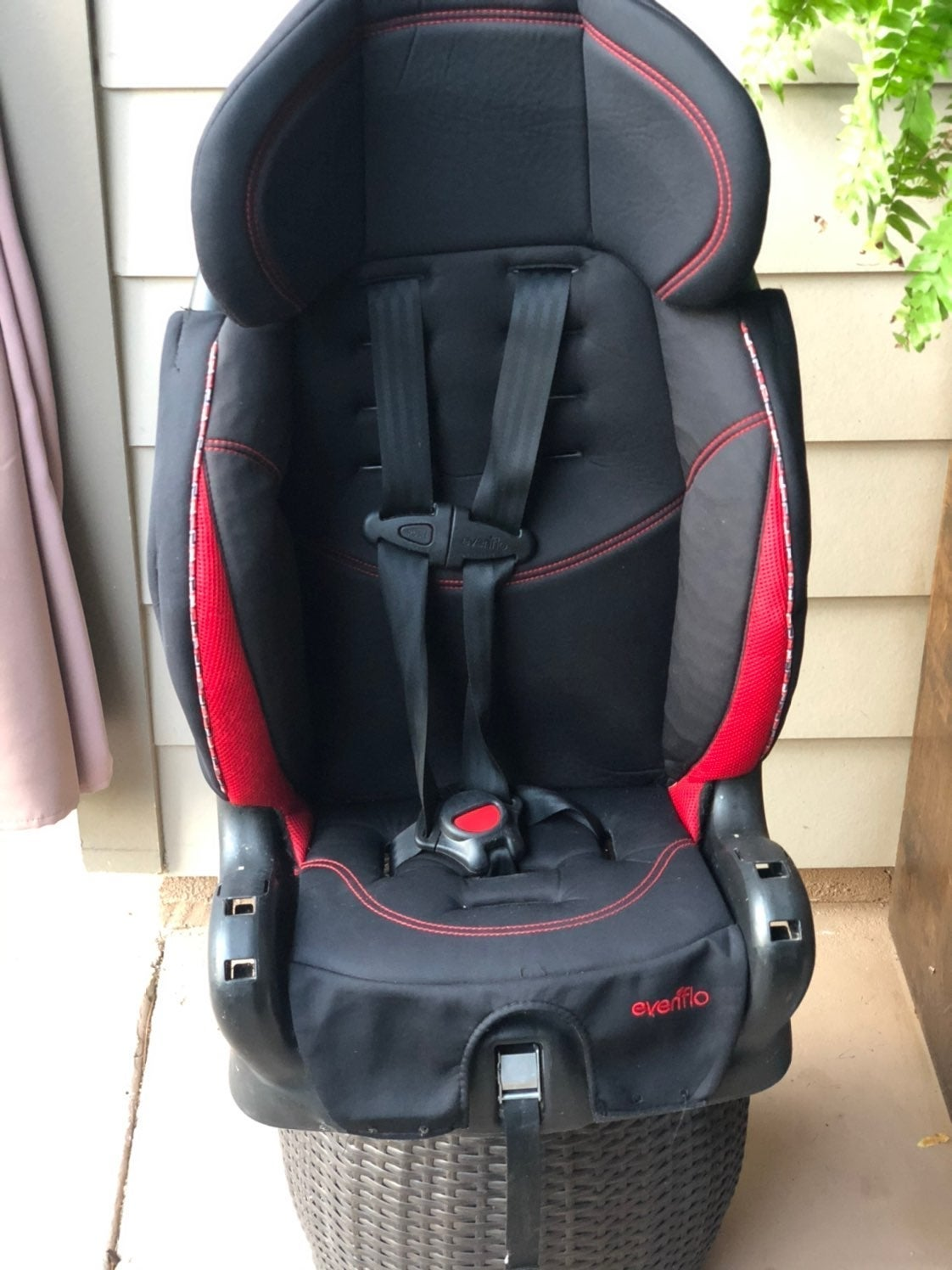 Evenflo Harness Booster Seat