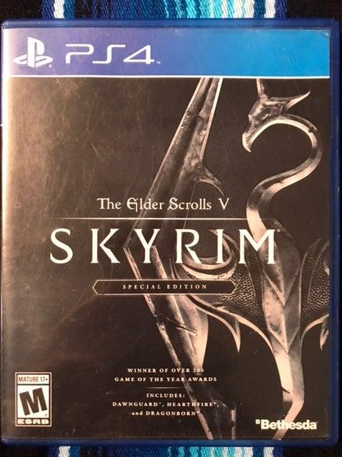 Skyrim PS4 Game