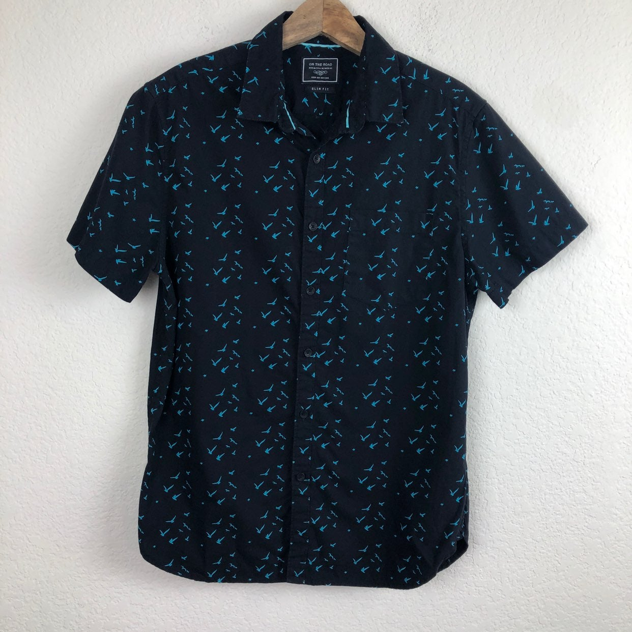On the Road Slim Fit Men's Button Down M