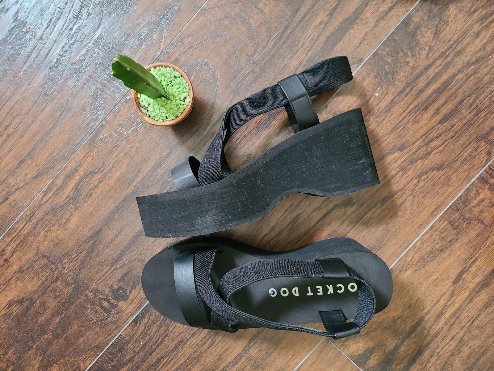 Rocket Dog Black Platform Sandals Size 1
