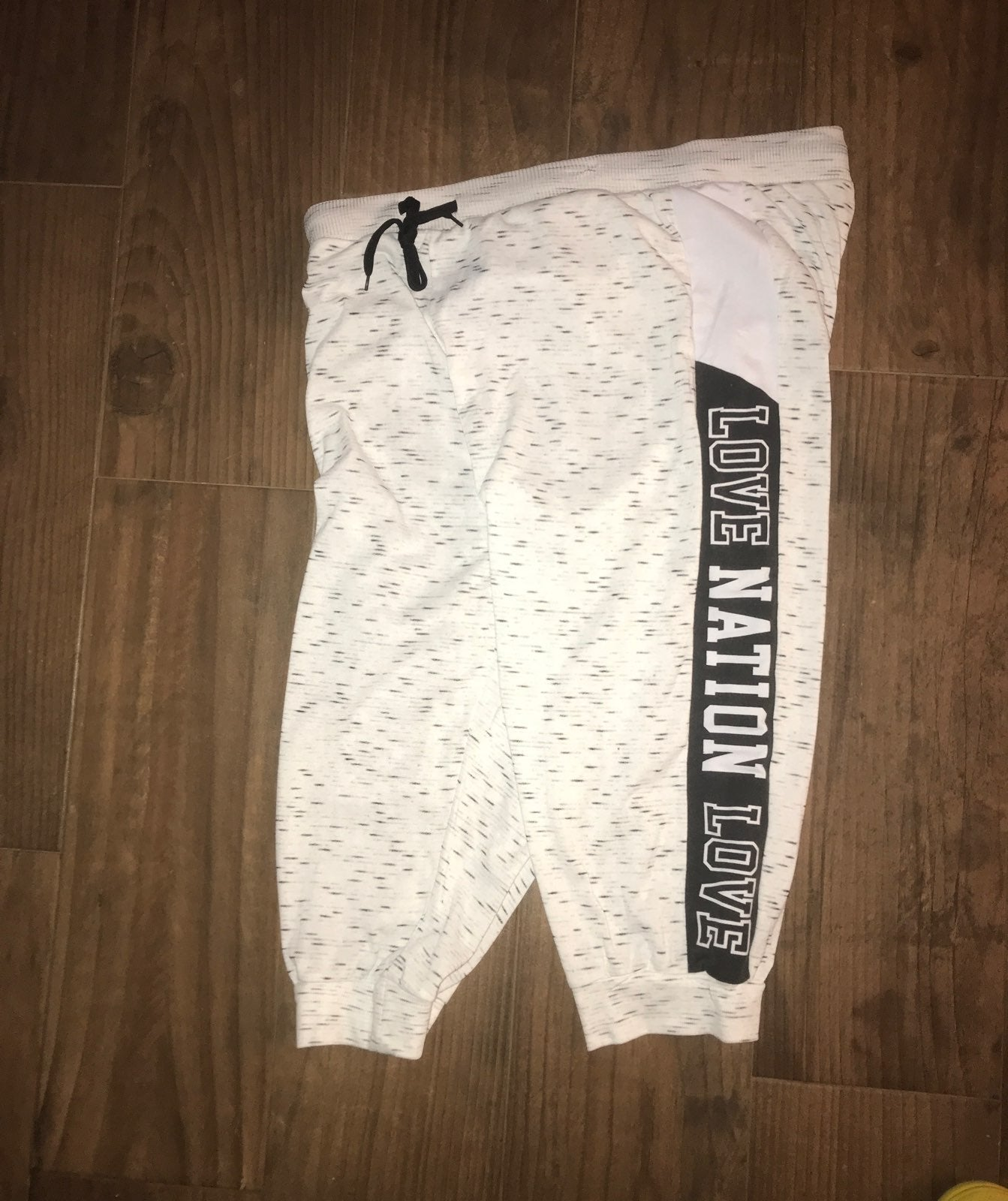 3X crop joggers with pockets nwot