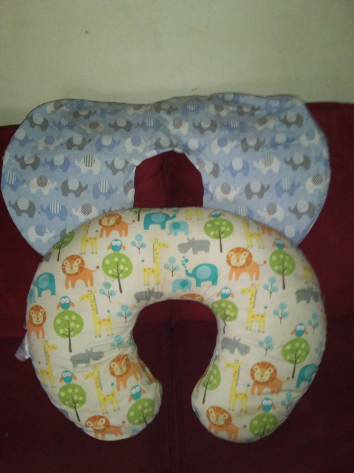Poppy pillow with extra cover