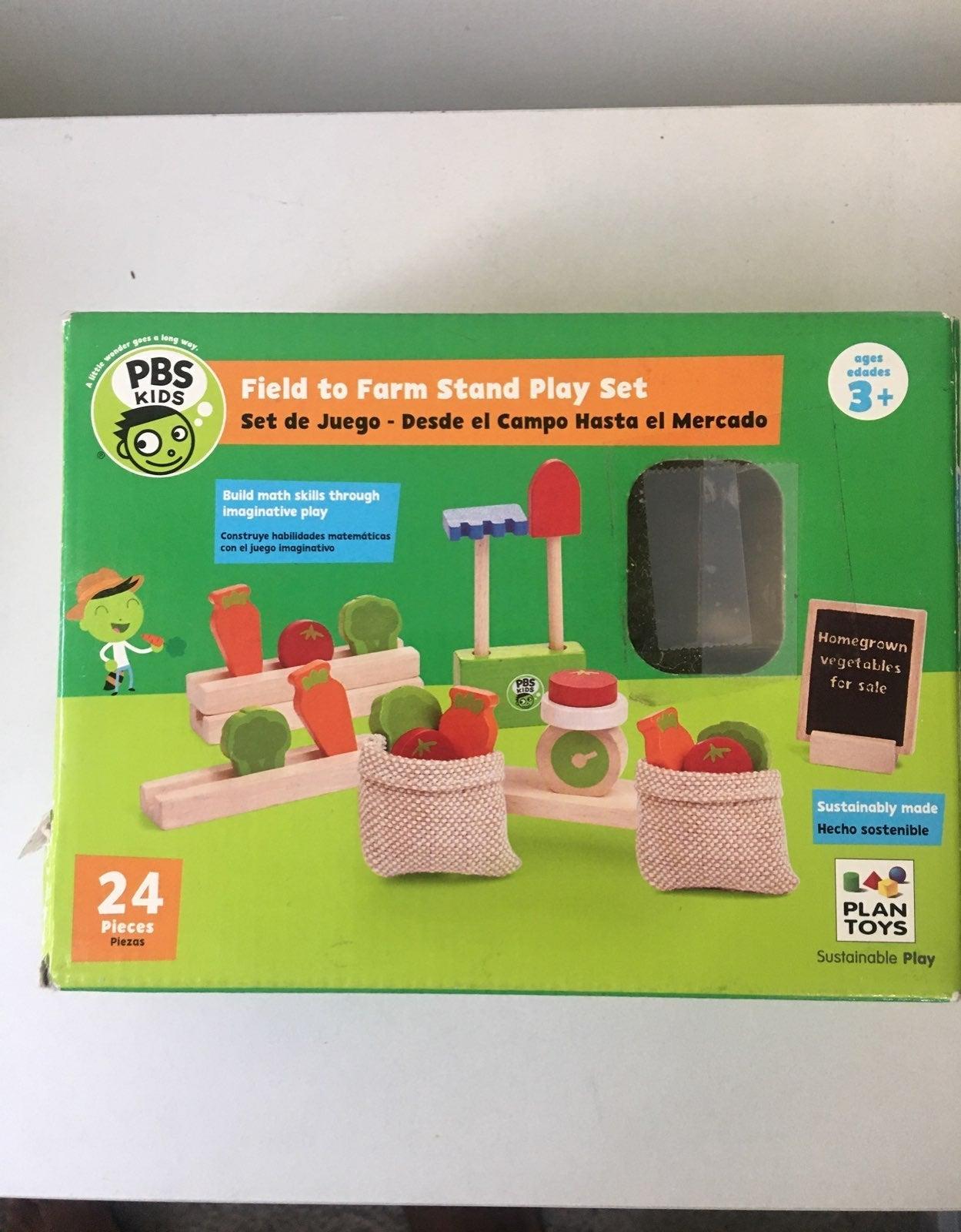 Plan toys pbs kids farm stand play set