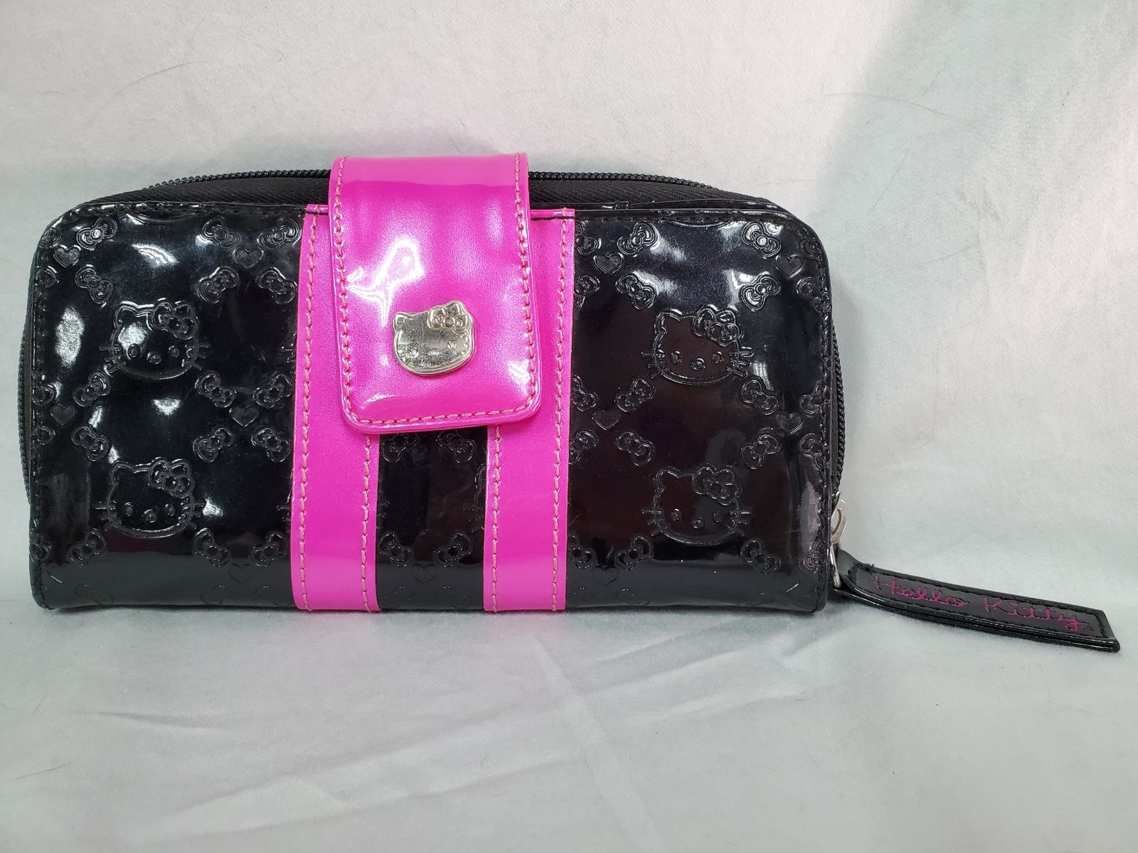 Disney Loungefly Hello Kitty Wallet